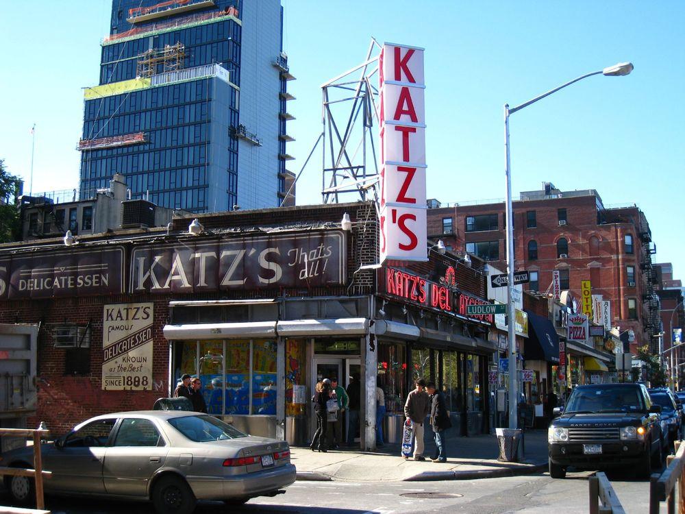 Katz's_Deli_2007.jpg