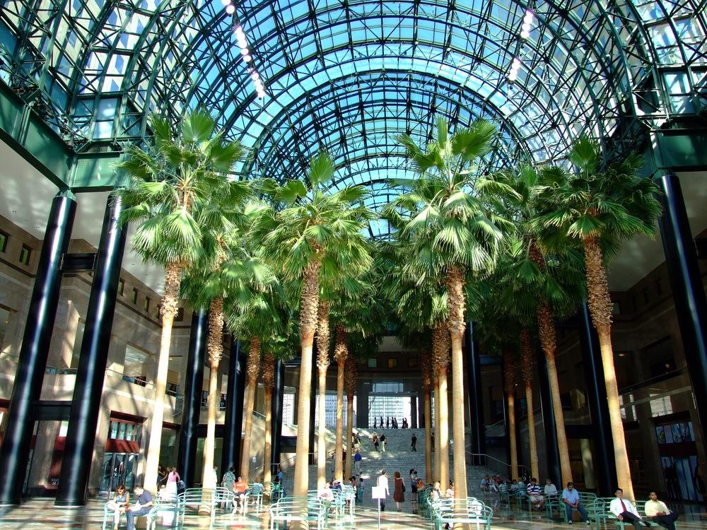 World_Financial_Center_Winter_Garden_200706.jpg