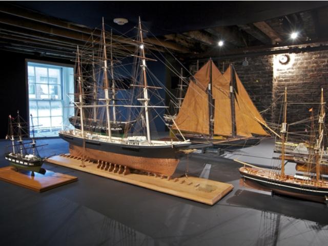 seaport_museum_Andrew-Hinderaker.jpg