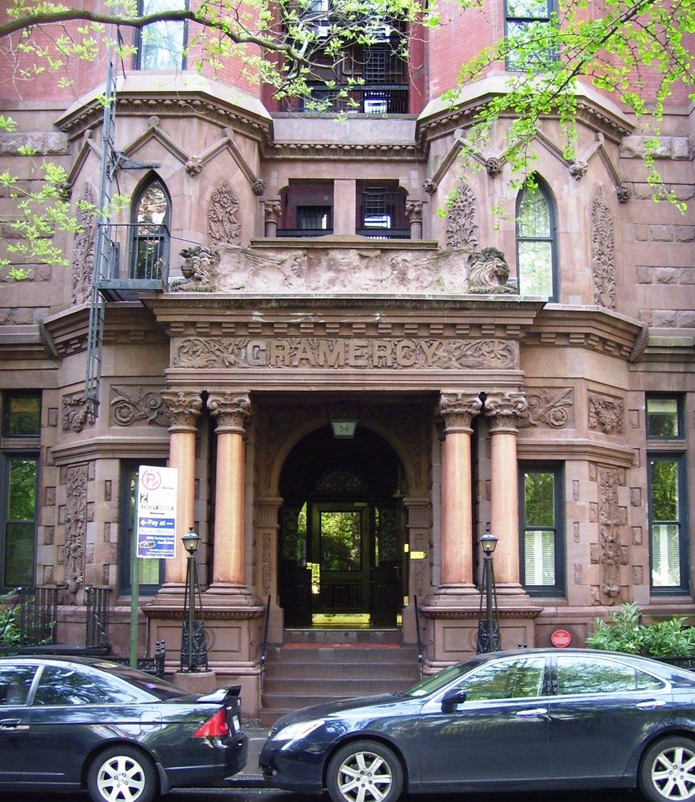 34_Gramercy_Park_entrance.jpg