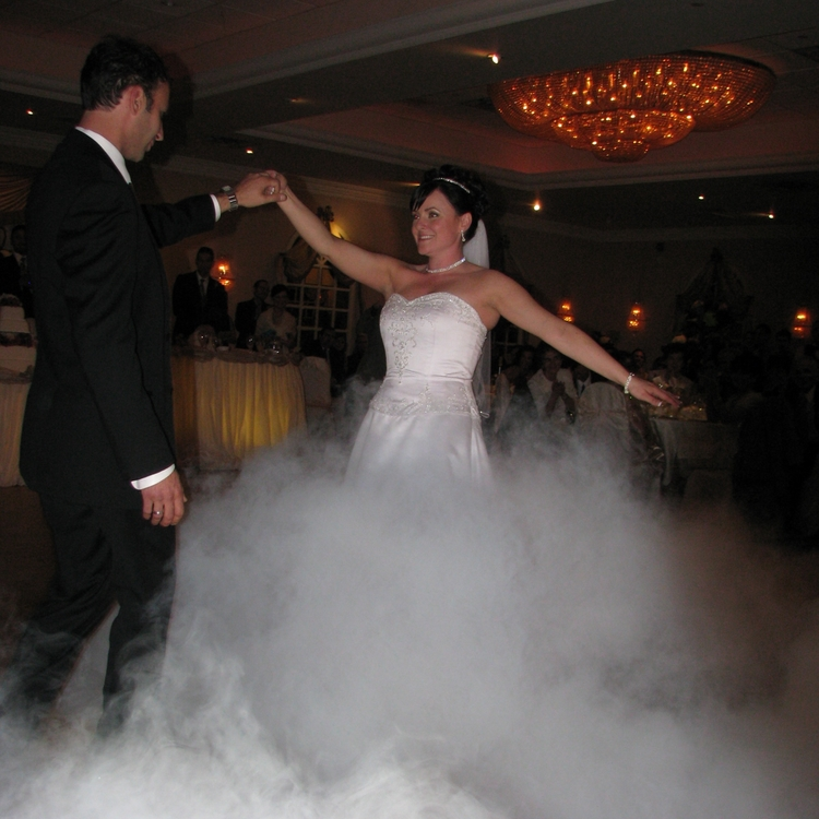 Wedding-Couple-Dancing-Rumba (1).jpg