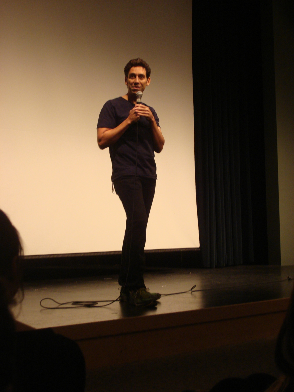 STAR // Michael Tragoutsis Comedian Bill Santiago performed at Ives 101, much to the delight of students who needed a break from school and studying.