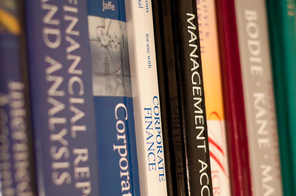 flickr.com Texts.com allows students to find the best market deals for textbooks and offers a free textbook exchange for students.