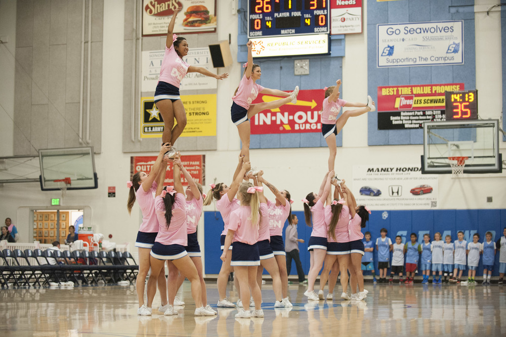 "STAR //  Connor Gibson Sonoma State University's basketball teams hosted a ""Pink Out"" game in honor of Breast Cancer Awareness on Saturday."