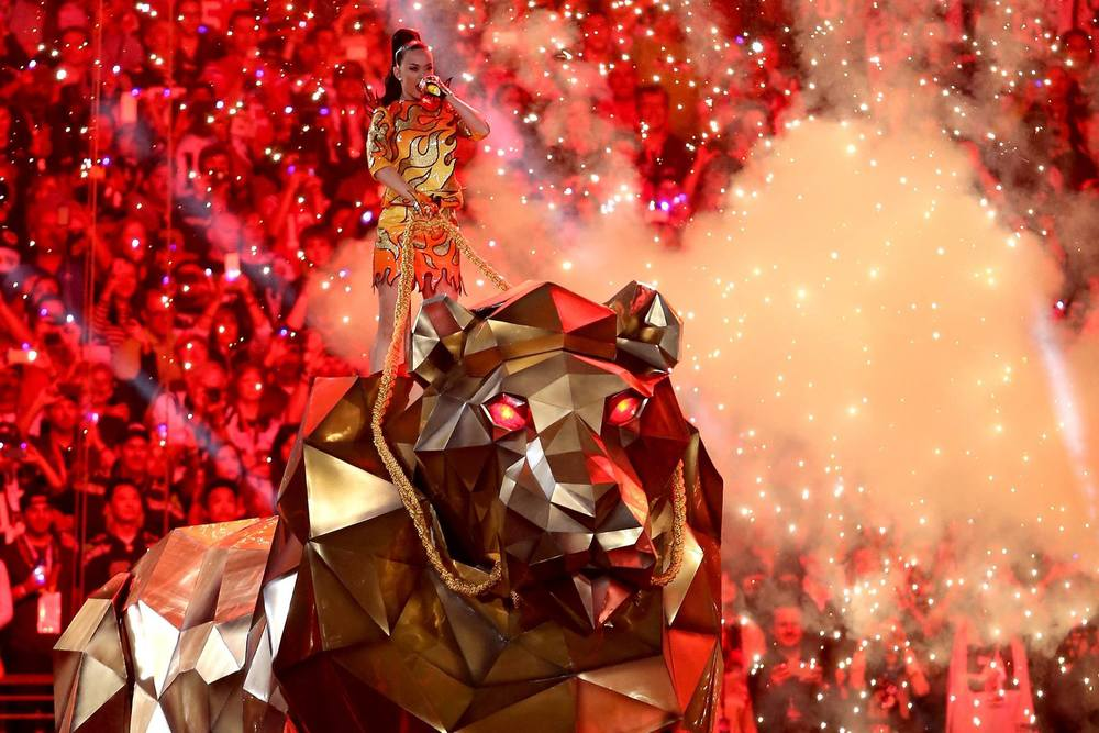 facebook.com   Katy Perry entered her Super Bowl performance atop a huge mechanical tiger.