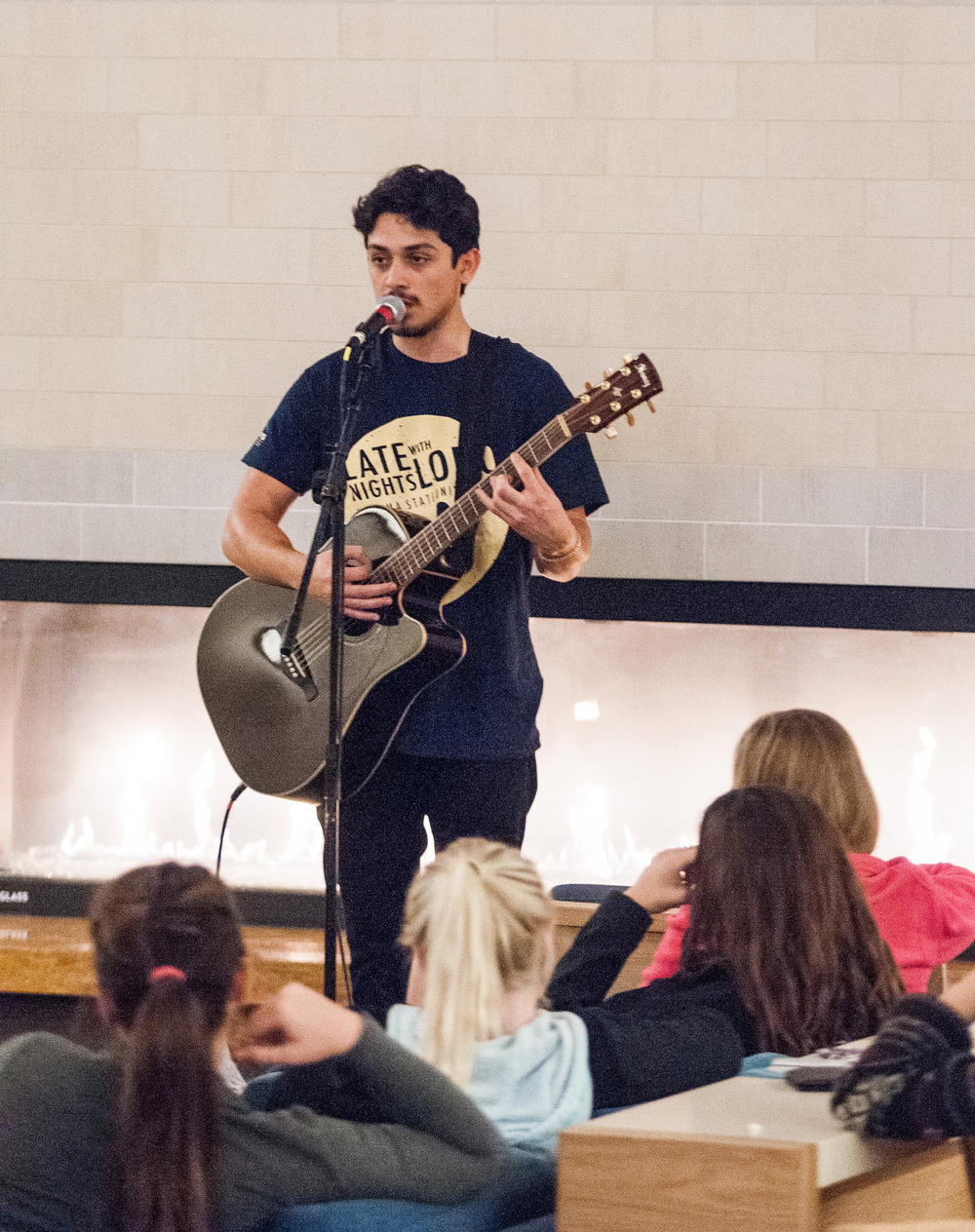 STAR // Gustavo Vasquez During Lobo's Late Nite Kickoff Party, live performances took place in the central lounge of the Student Center