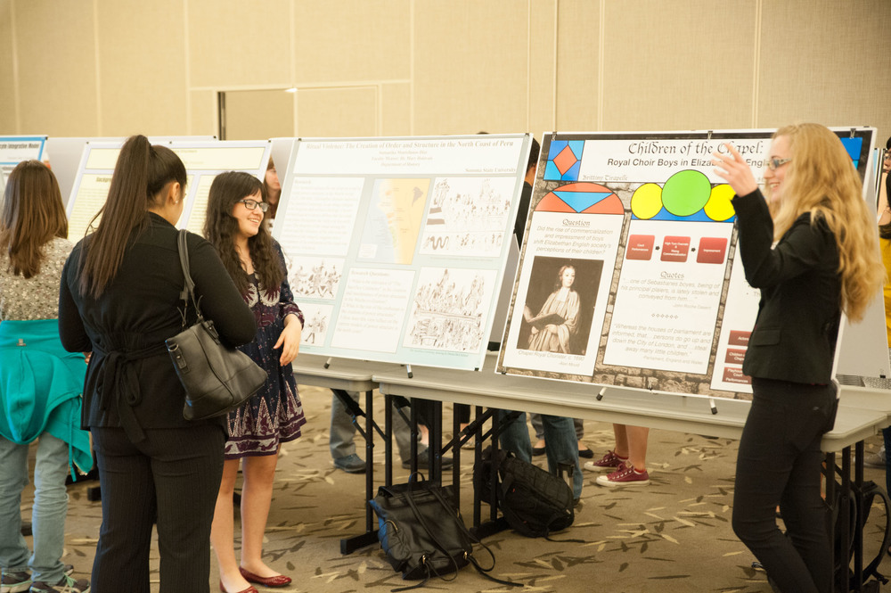 STAR // Connor Gibson Students and faculty gathered for the Society and Culture Undergraduate Research Forum where students had the opportunity to showcase their research on a wide variety of topics on April 15.