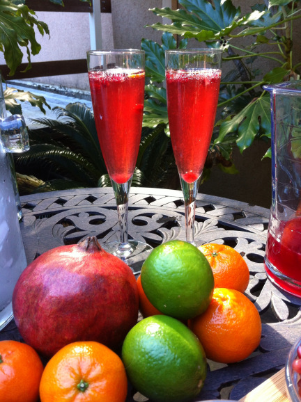winecocktails.wordpress.com Sonoma State University and Texas Tech students took part in the Wine Mixology Competition held during the first week in April. The Tasteful Blush, created by Sonoma State students Itze Pena-Andrade and Miranda Aswad, came in second.
