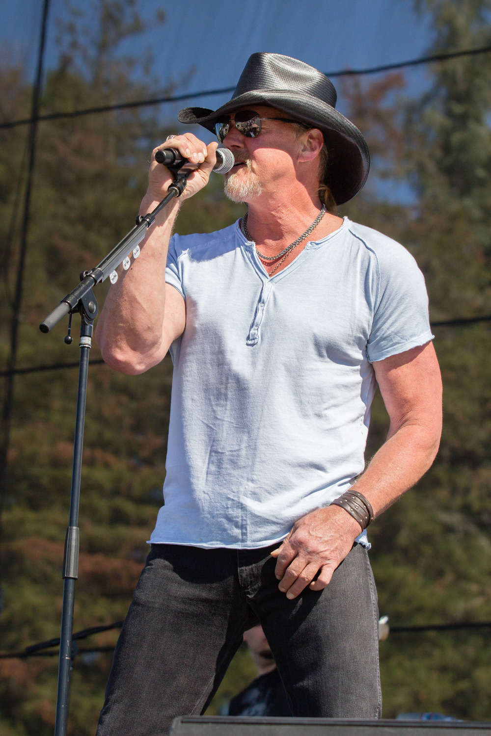 Trace Adkins performs at Country Summer.