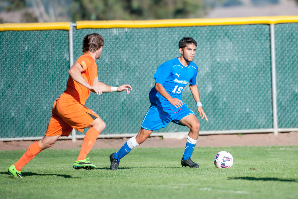 SSU Seawolves defeat the Fresno Pacific Sunbirds 1-0.