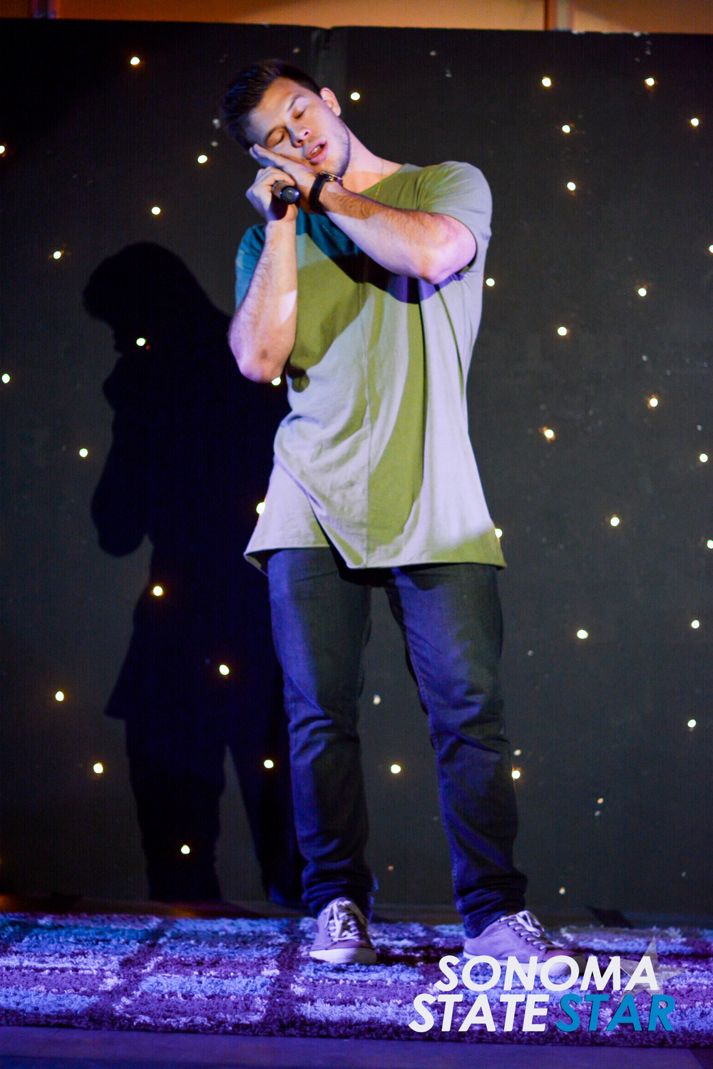 YouTube star Jimmy Tatro performed at the SOMO Village last Friday. (Thomas Lynch // Sonoma State STAR)
