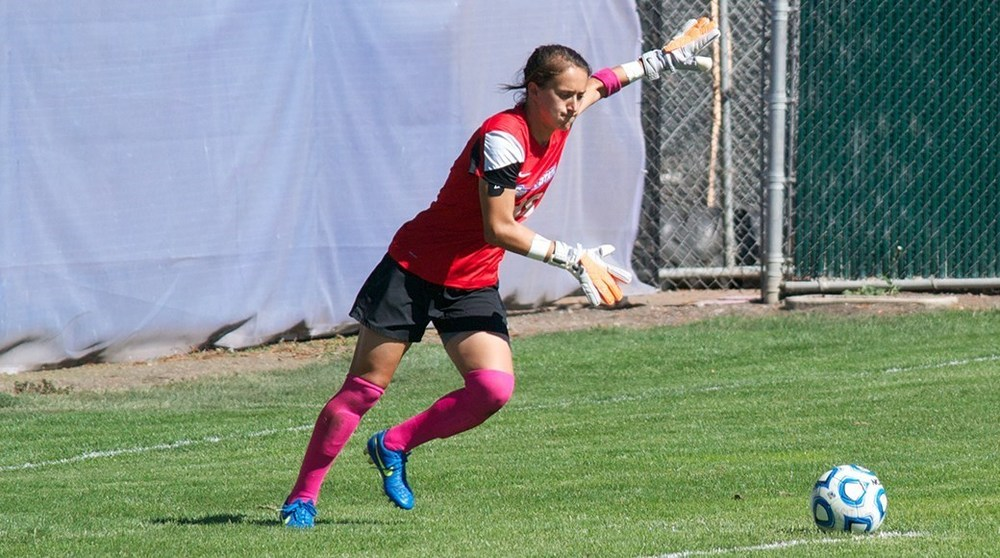COURTESY// sonomaseawolves.com Senior goalkeeper Ashley Luis held a shutout streak this season that lasted 958 minutes and began on Sept. 23.
