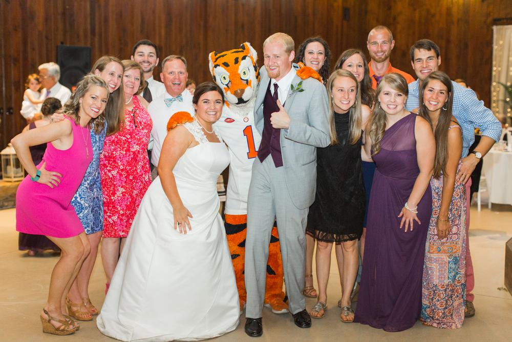 Lauren + Darren Ledbetter Wedding_DP_2016-4541.jpg