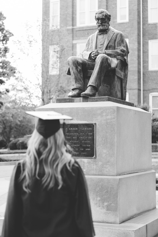Ashley Hudgins-Clemson University Senior Photos_2017-9119.jpg