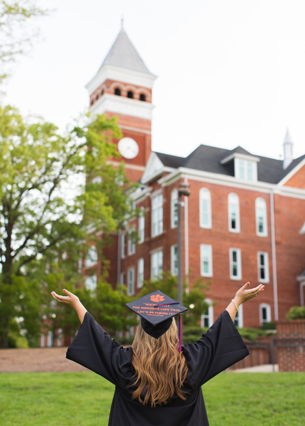 Ashley Hudgins-Clemson University Senior Photos_2017-9213.jpg
