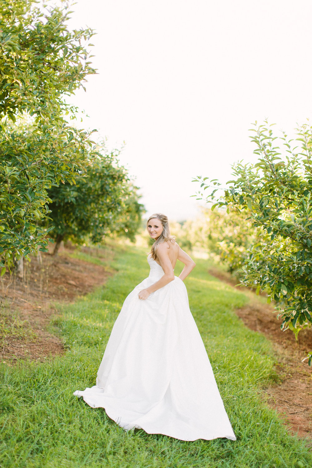 Lynsey Johnson Bridals Chattooga Belle Farm-3670.jpg