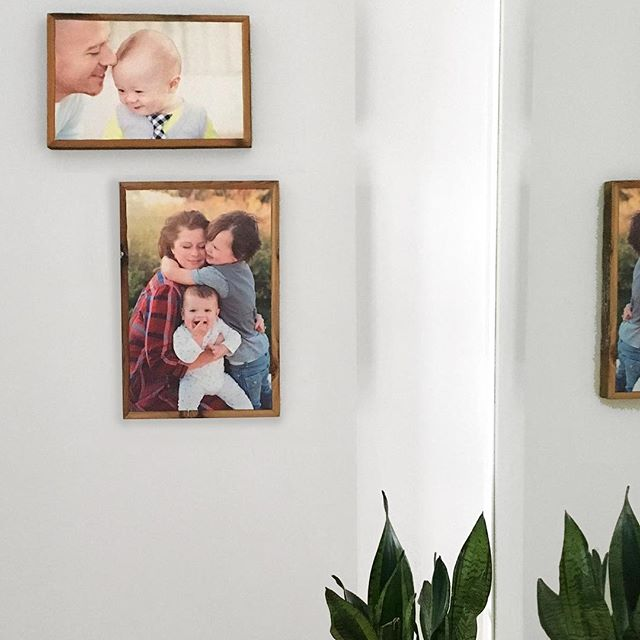 What a sweet family and love the placement of these two #stonepressprints . Thanks #styleinfusedliving for sharing this photo and your #gallerywall !