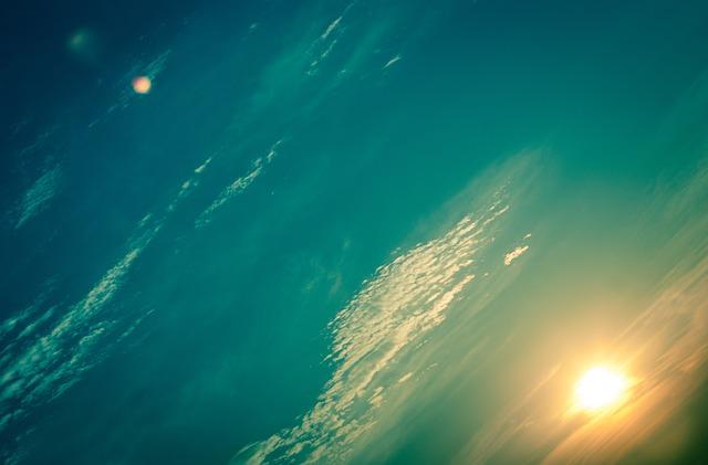 dawn-336188_640.jpg