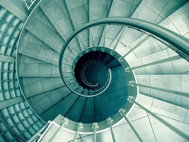 spiral-926736_640.jpg