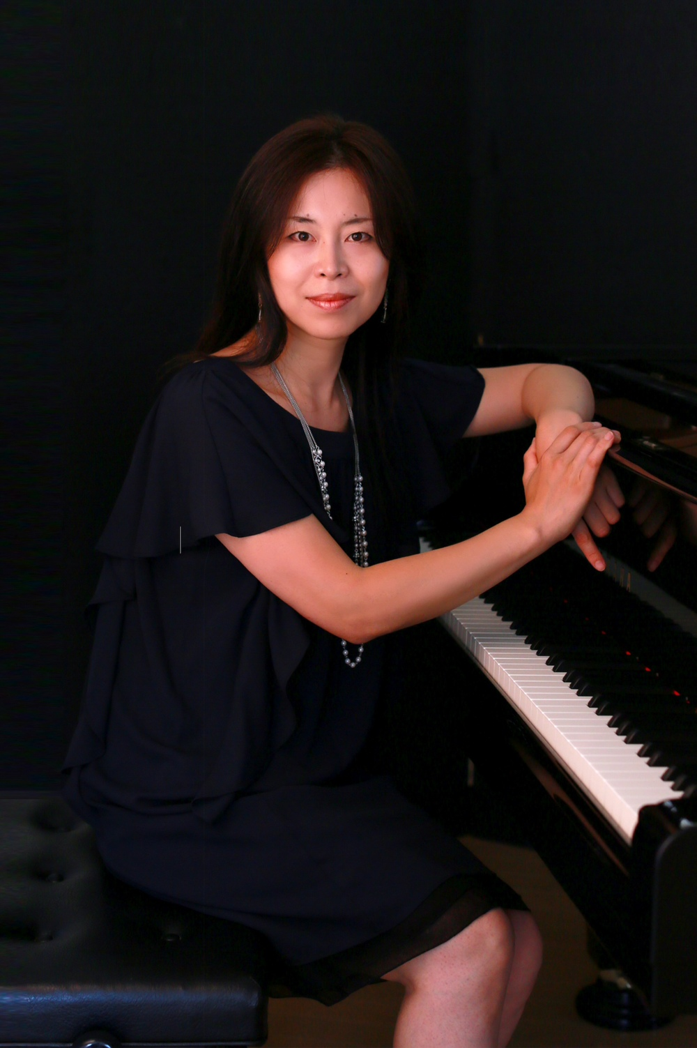 yuka_piano.JPG