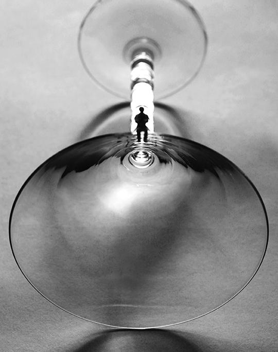 Matini glass B&W_72.jpg