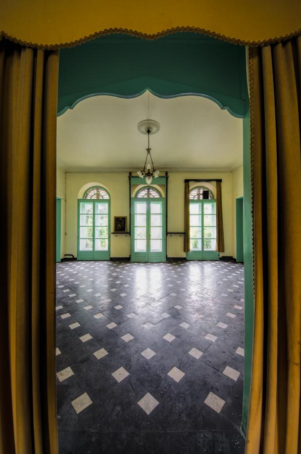 chateau de la chapelle urbex chateau de la chapelle belgium