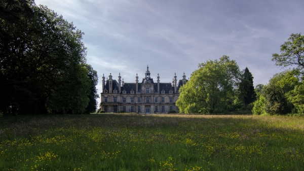 Abandoned: Chateau De Carnelle