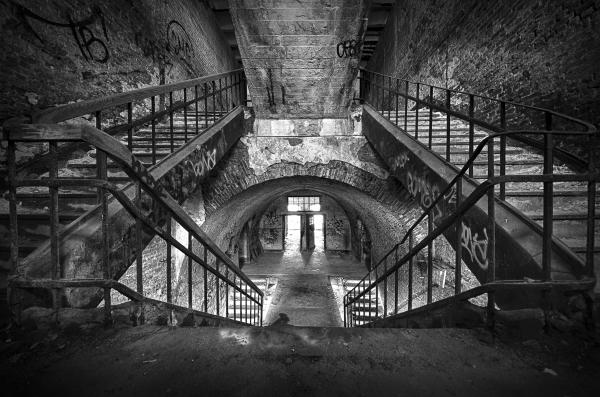 Abandoned: Fort de la chartreuse