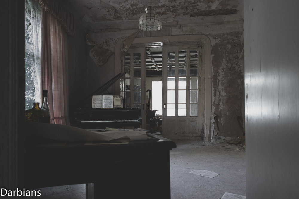 View of the music room through the doorway.