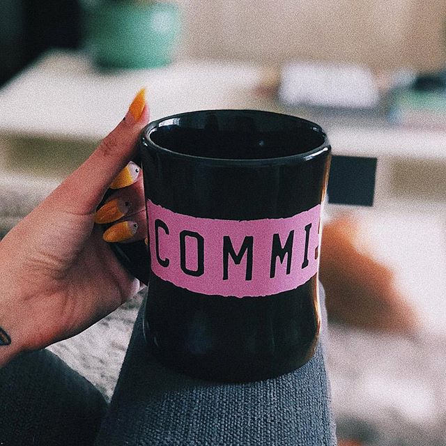 Unwind with us before another busy week in this crazy city 💗 • • • @annaxmeliani #sunday #sundayfunday #unwind #coffee #coffeeandcontemplation #relax #coffee_inst #coffeechill