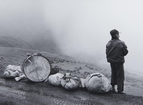 "This is the Flor Garduño photo that inspired ""Musico en la nada"" (for trumpet and bass drum)"