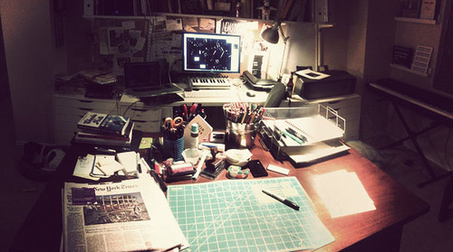 Austin Kleon's divided work space.