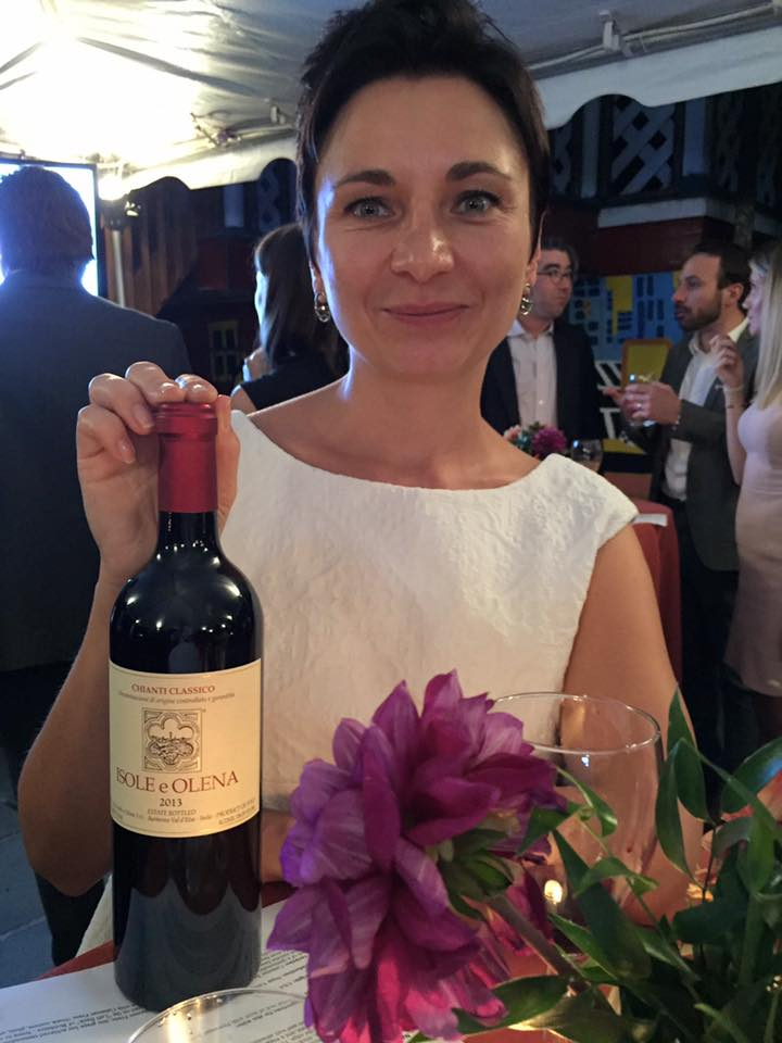 Hartley House auction - chianti and Olga.jpg