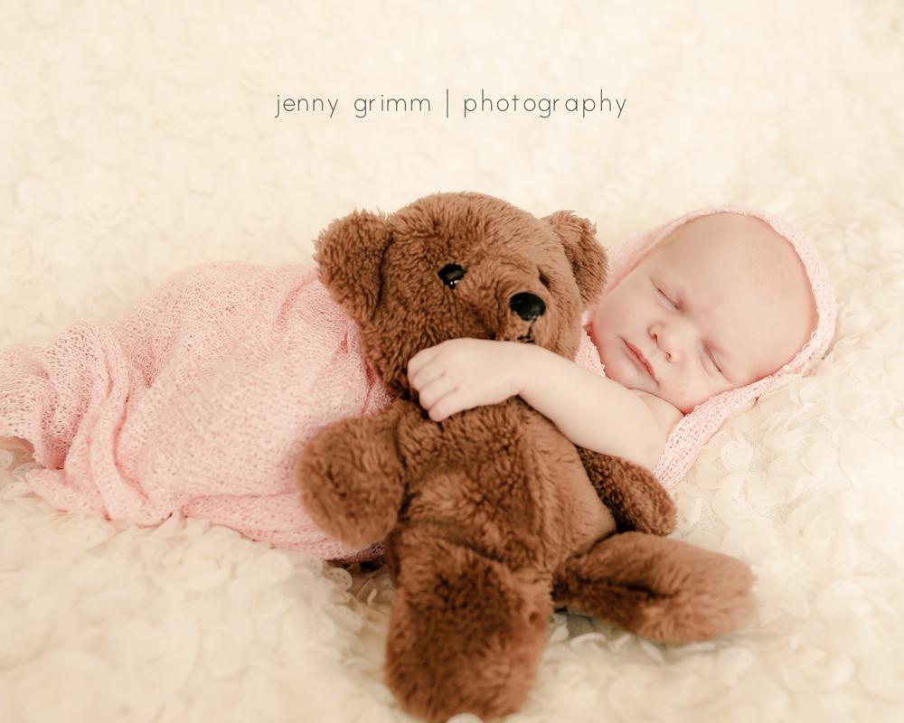 Jenny Grimm Photography Posed Newborn.jpg