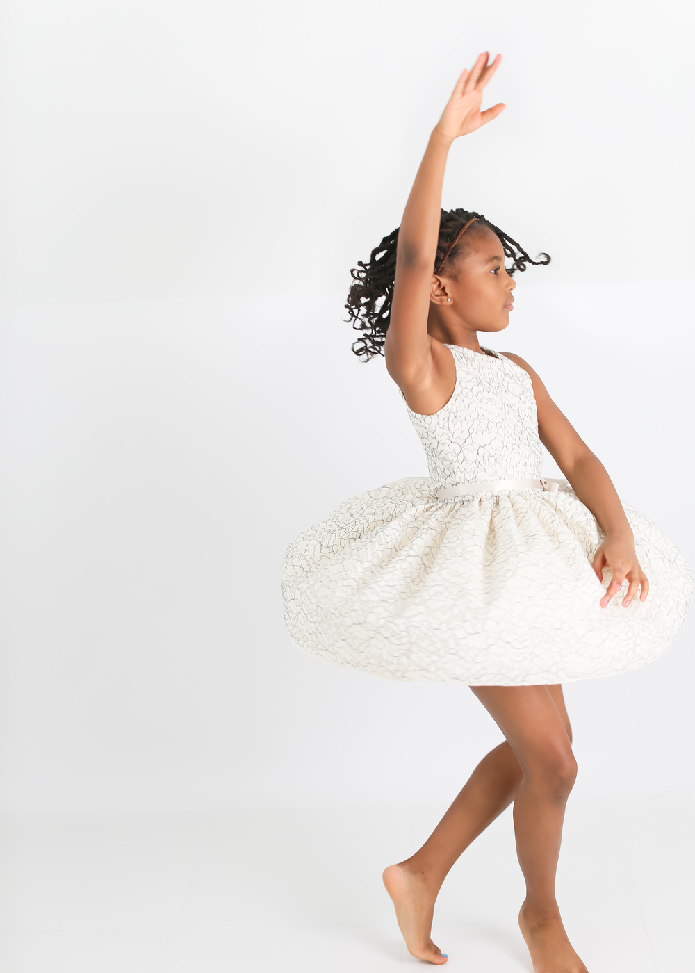 little-girl-dancing