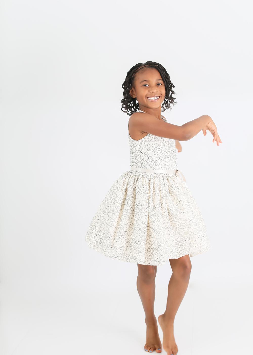 dancing-girl-twirl-skirt
