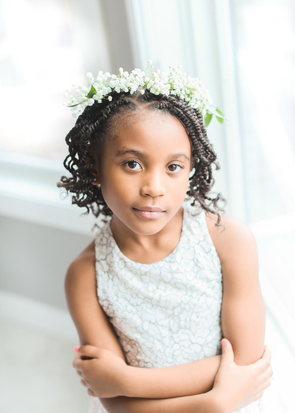 little-girl-portrait-big-eyes