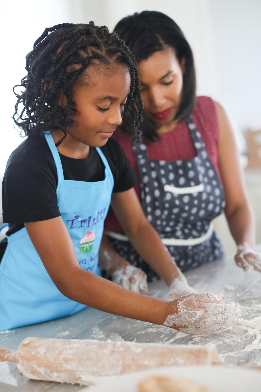 girl-baking-cookies