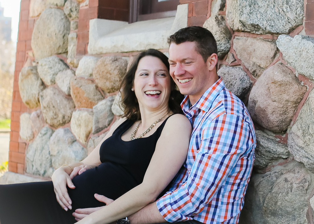 chicago maternity belly laugh