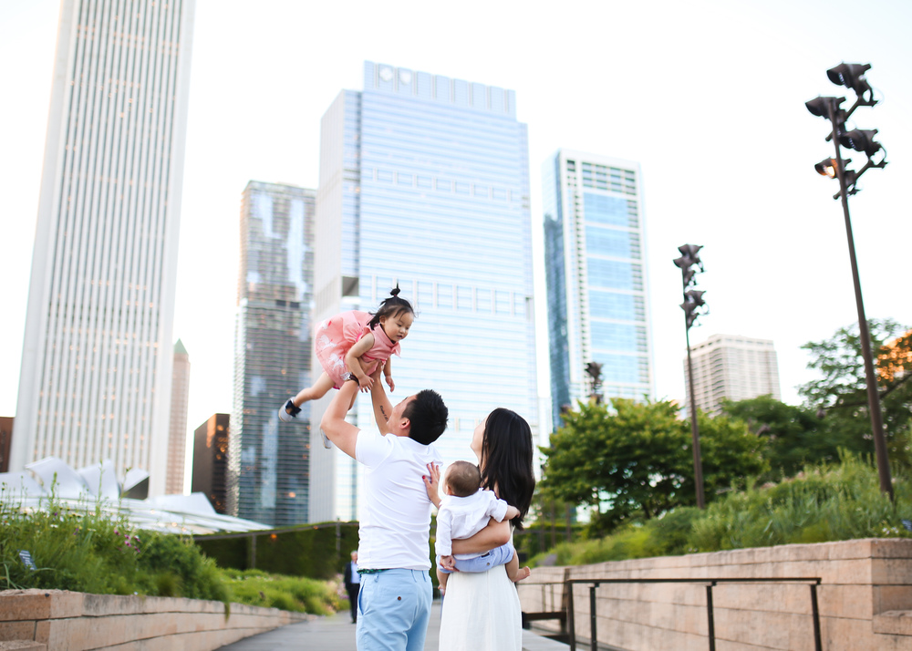 chicago family in lurie gardens