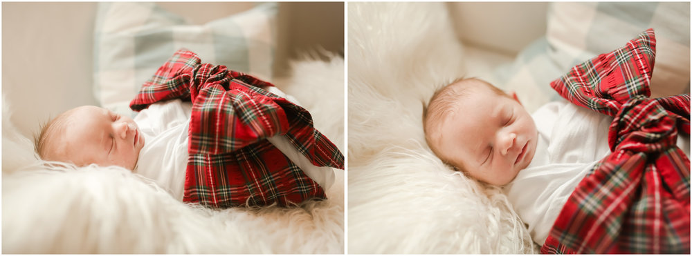 jenny grimm photography santa baby christmas bow newborn lifestyle photography chicago