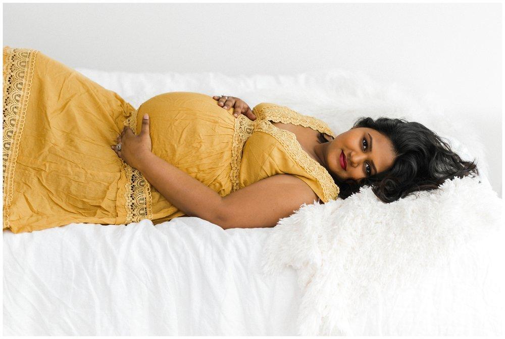 chicago-lifestyle-maternity-pregnancy-photographer-jenny-grimm-photography_0005.jpg