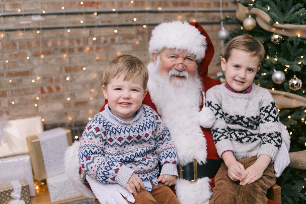 ©JGP2018 chicago family lifestyle santa portrait photographer