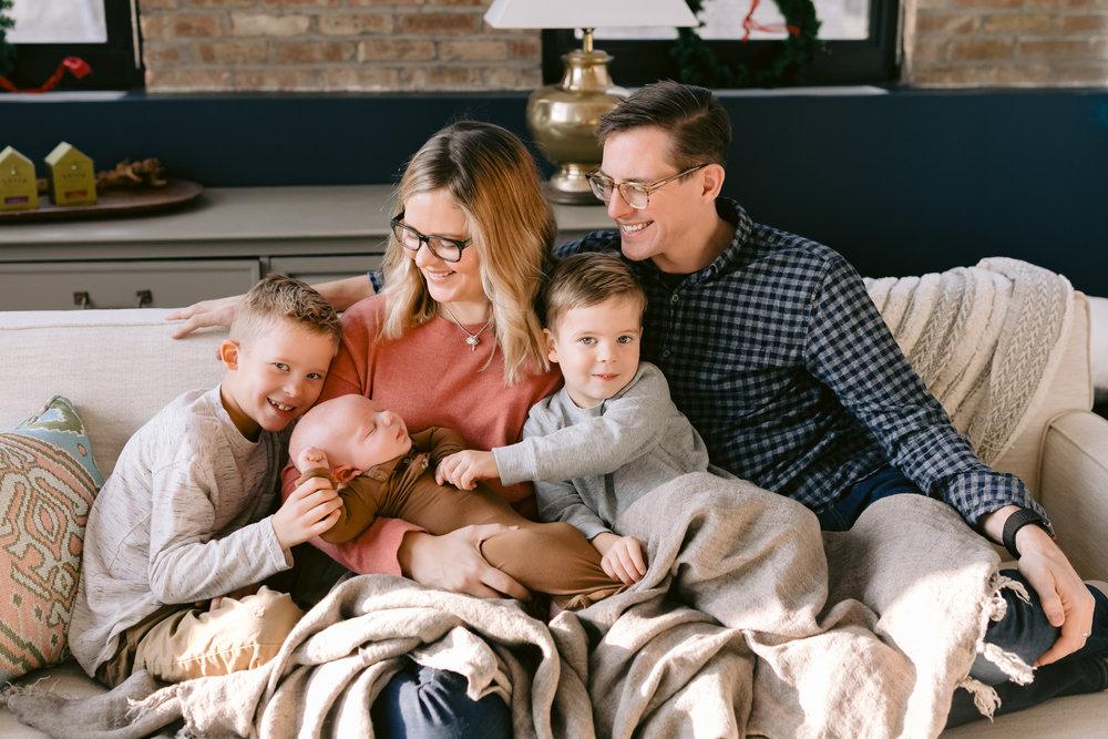 ©JGP CHICAGO FAMILY LIFESTYLE PHOTOGRAPHER MEGMADE INTERIOR DESIGN
