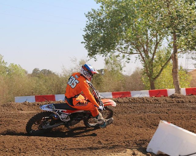 @mhile505 is headed into Day 2 of the @flyracingusa California Amateur National with a 1-2-9 Solid day of racing! #makingdreamsreality #lifeonthegrind