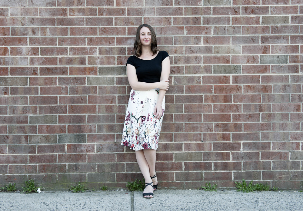 V    A N E S S A G O L E M B E W S K I    Features Writer, 27, Park Slope