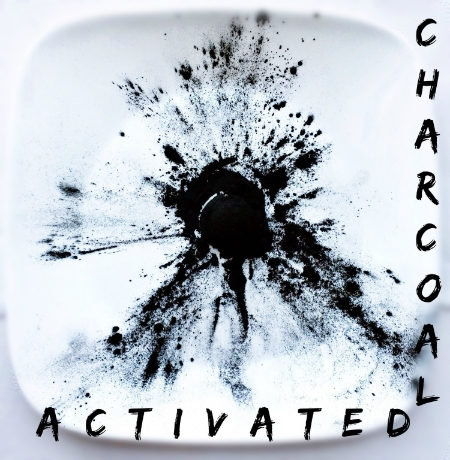 Activated Charcoal and the Juice Rage - janny: organically.