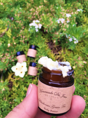 The Smell Good Post - Going Organic Doesn't Have to Stink - janny: organically. #greenbeauty
