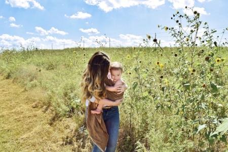 The Basics of Babywearing | janny: organically.