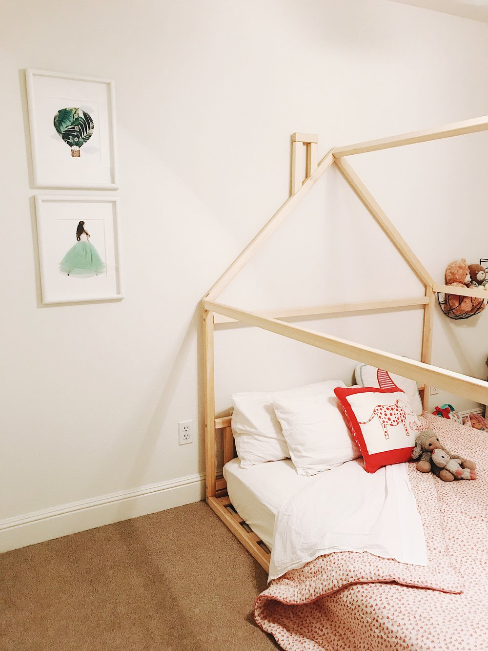 Creating a Less-Toxic Home Environment: Floor Bed | janny: organically.
